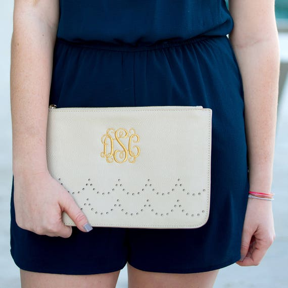 creme Monogrammed Ava Clutch, Personalized Ava Clutch Purse, Sorority Bags, Bridesmaid Purses, gifts for her