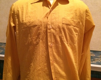 1960s Casual Shirt - Mens Yellow Pinstriped Button Down from Truval size Large