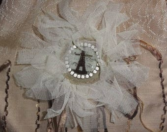 """Brooch""""PLACE VENDÔME"""" with mother of Pearl, tulle and pearls"""