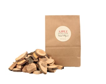 Heirloom McIntosh Apple Wood Chips// 100% Natural // New Hampshire Home Grown // 1lb