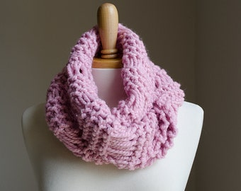 Valentines Scarf Valentines Gift for Her Chunky Knit Scarf, Chunky Infinity Scarf Knit Chunky Scarf Chunky Infinity Cowl Knit Infinity Scarf