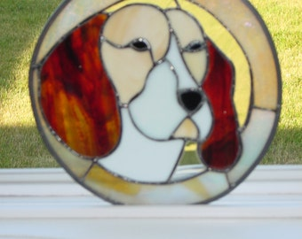 STAINED GLASS BEAGLE Sun-catcher