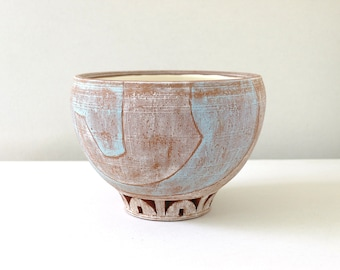 Bowl - Blue/White with Carved Base