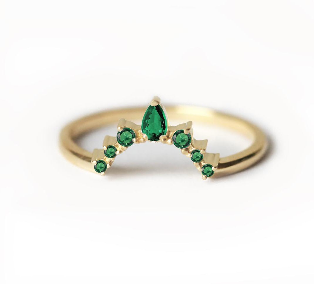 Emerald Wedding Ring Band Curved