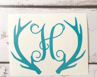 Cerf Antlers Monogram Decal bois personnalisé monogrammé vinyle autocollant Deer Antlers autocollant initiale Notebook Decal Deer Monogram