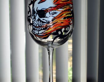 Skull wine glass (hand painted)