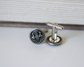 Pennsylvania Crest Cufflinks State Coat of Arms Cuff links - made with vintage metal buttons