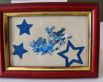 Small blue nest painting birds and stars