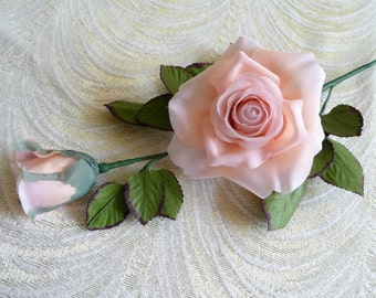 SALE Vintage Millinery Rose Peachy Pink Crepe Long Stem with Bud Leaves NOS  for Weddings, Bridal Bouquet,  Hats, Crafts, Corsage 3FV0094PE