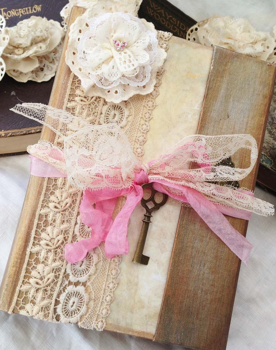 Bridal Planning Book 60 pages in vintage style Custom
