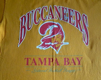 Tampa Bay Bucs top, XL