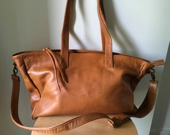 Large Tan Leather Tote,zip closure tote bag.Handmade crossbody tote with zipper. Women Leather Bag,Tote Bag,Leather school bag,Brown leather