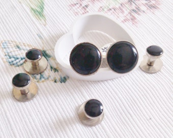 4 Studs and a Pair of Matching Cuff Links in Silver and Black