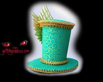 The Roxie Aqua Green Swirl Winged Top Hat