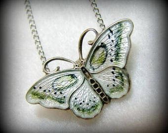 """Vintage NORWAY/Hroar Prydz GUILLOCHE Enamel BUTTERFLY Pendant -- White with Sage Green Accents, 1"""" Long, 1.7g,, Enamel in Excellent Cond."""