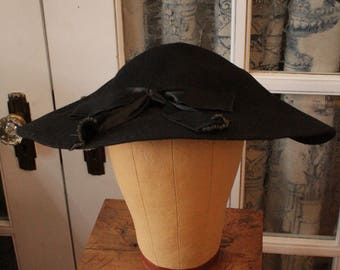 Vintage 1950's Black Felt Platter Hat with Satin Ribbon