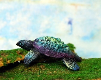 Sea Turtle Sculpture Figurine Totem Animal TotembyKarhu