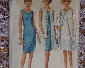 Vintage Simplicity Sewing Pattern no.6388 from 1966