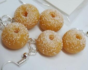 Novelty dangle  earrings - sugared donuts!