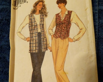 8662  sizes 8 to 18 simplicity pants and vest
