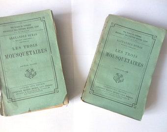 Antique French Book/Les Trois Mousquetaires/edition 1884