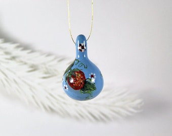 Hand Painted  Strawberries, Natural Gourd Ornament 31, Hand Painted Fruit, Country Decor, Small Painted Gourd, Holiday Ornament Gift