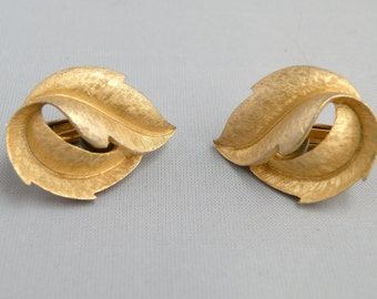 Earrings Trifari Vintage 1970's