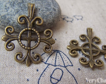 10 pcs of Antique Bronze Filigree Lily Flower Cross Charms 25x26mm A382