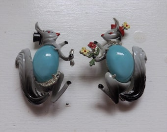 Vintage Book Piece Coro Mr and Mrs Squirrel 1940s figural jelly belly scatter pin or brooch set enamel rhinestone gray and blue