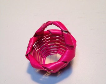 Sale item, Vintage doll house pink basket