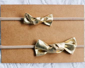 Golden Knotted Bows