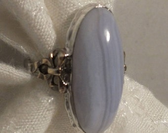 Natural BLUE LACE AGATE Sterling Silver Ring with 10K Gold Bow design Size 7.5