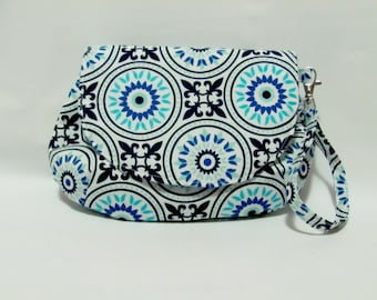 Clutch Purse, Wristlet Bag, Handbag, Makeup Bag, Small Bag, Clutch Bag, Magnetic Snap Purse, Fabric Wallet, Fabric Purse, Medallion in Blue