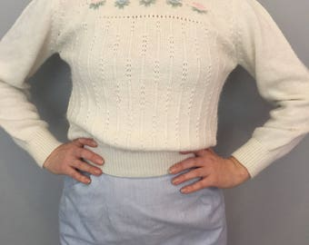 Small White Cropped Puff Sleeve Sweater