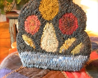 Colonial Fruit Basket - hooked wool dummy board project - PDF DOWNLOADABLE PATTERN - from Notforgotten Farm™