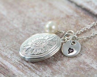 Personalized Locket Necklace, Bridesmaid Gift, Romantic Jewelry Gift for Her, Sterling Silver