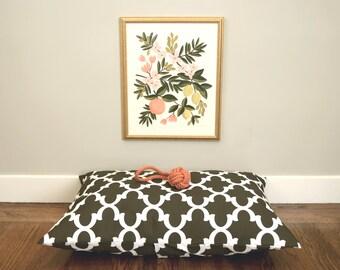 Moroccan Quatrefoil Brown dog bed cover // Indoor-Outdoor pet bed cover // Small dog bed duvet // Modern designer dog bed cover