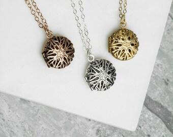 Tiny Locket, Personalized Locket, Initial Locket Dainty Gold Necklace, Locket Layering Jewelry, Tiny Necklace Personalised Locket