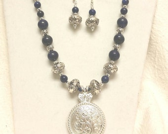 "20"" Blue goldstone necklace set"
