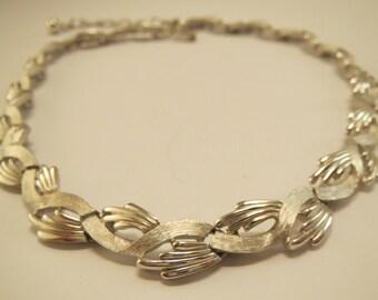 vintage Crown Trifari silver tone modernist leaves choker necklace