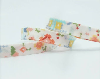 Robert KaufmanBias Tape - 1/2 in Double Fold Bias Tape - 12mm - Quilt Binding - Woodland Clearing Pixel Floral - Cotton Lawn