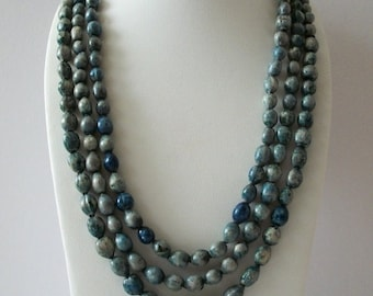 ON SALE Vintage Very Long Blue Speckled Birds Eggs Plastic Beads Necklace NO Clasp 102316