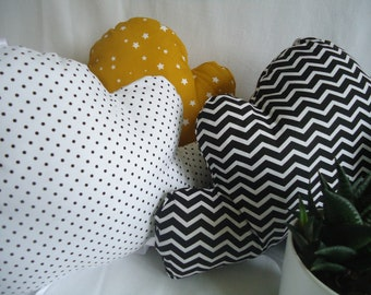 Choose black and white cloud cushion, handmade for baby and child, baby room decoration