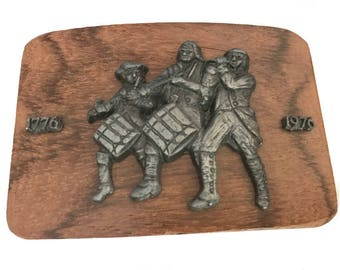 Vintage Bicentennial Belt Buckle - Wood and Metal - Soldiers Marching - Drummers - 1776 - Mothers Day Gift Idea