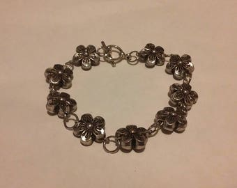 Metal Flower Chain Bracelet