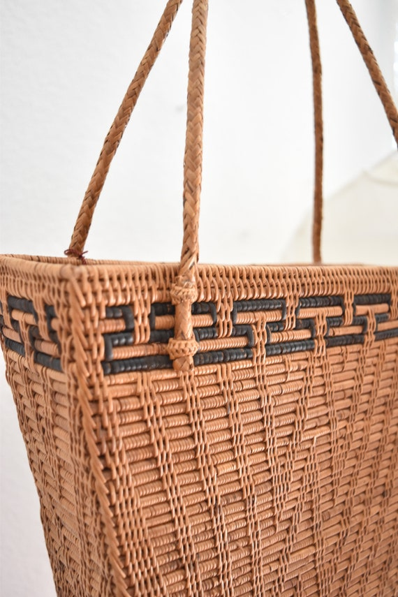 summer woven rattan basket hand bag /  shoulder purse