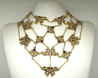 Gold and violet De lamb necklace