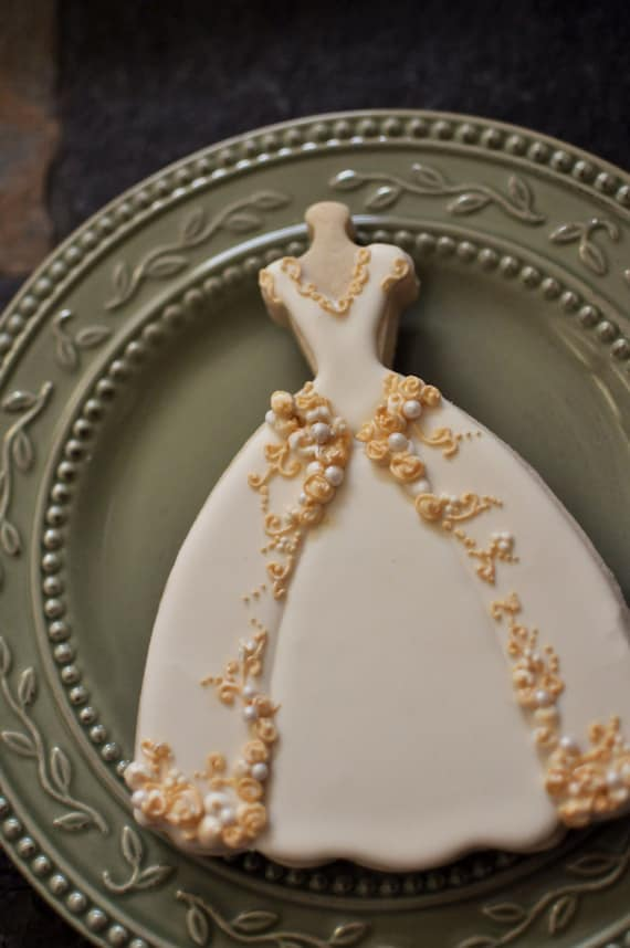 Wedding Dress Cookies- 6 PIECES , Embroidered  Full Skirt Wedding Gown Cookies,  Bridal Shower Cookies, wedding gown cookies