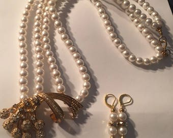 Handcrafted Faux Pearl Large Rhinestone Goldtone Bonquet of Flowers Necklace Earring Set