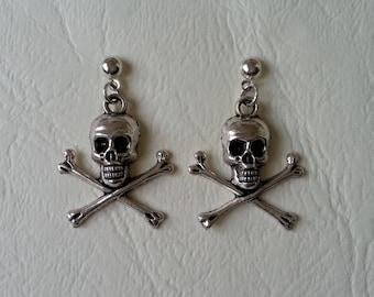 Stud Earrings ♥ skulls silver ♥